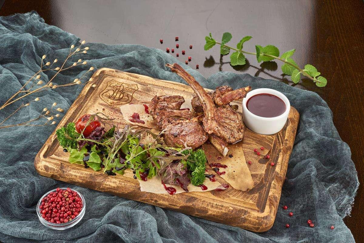 Закажите доставку из ресторана Ягненка на Кости   Таверна Онейро