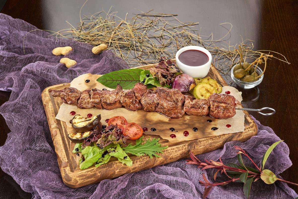 Закажите доставку из ресторана Шашлыка из Ягненка   Таверна Онейро