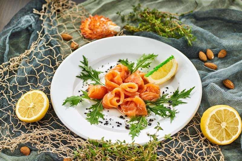 Закажите доставку Семги Малосольной из ресторана | Таверна Онейро